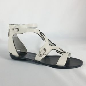 NEW Kendall & Kylie 6.5M White Fifi2 Sandals S18-9